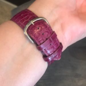 Peugeot Accessories - Purple leather, silver watch